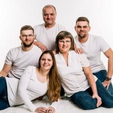 FAMILY Fiser