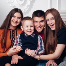 FAMILY Hencz