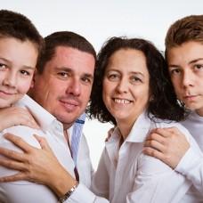 Kardhordo Family